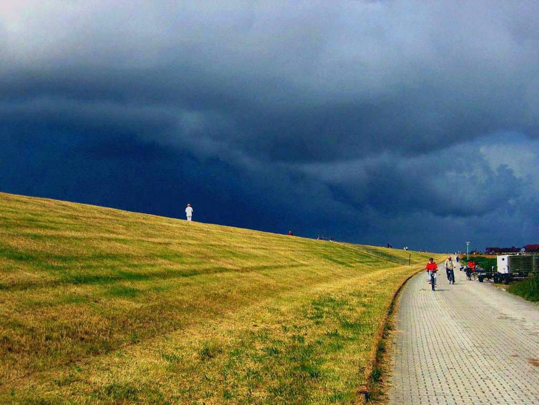 Drohende wolken claus wehrmann fotografie for Traum ferienwohnung juist